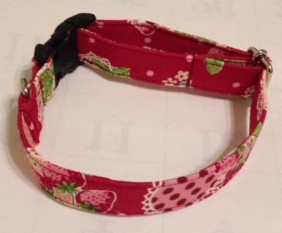 画像1: いちご&ハートレース 赤  首輪、リード、ハーネス